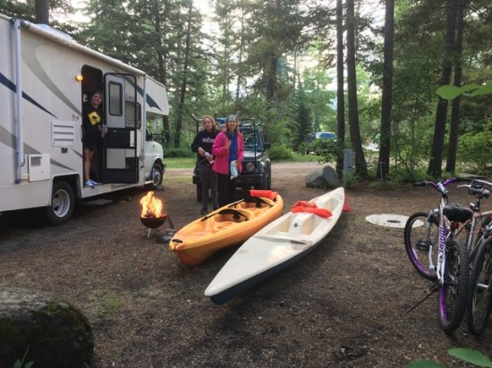 Lake Five Resort: RV space