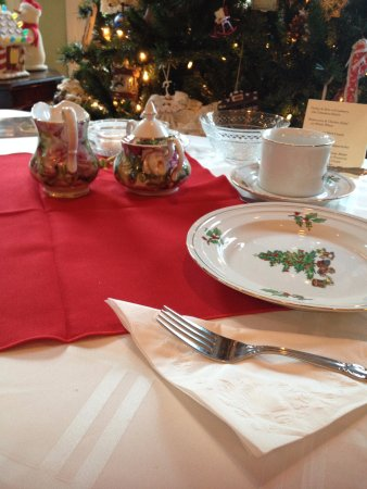Haverstraw, NY: Holiday Victorian Tea