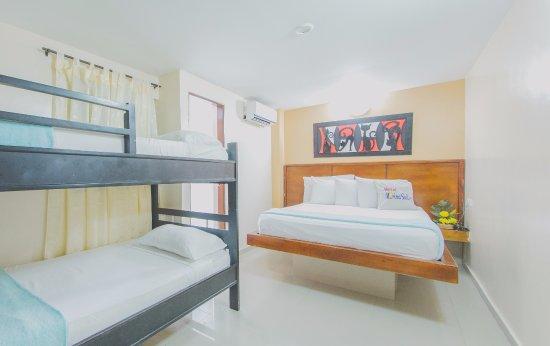 Hotel Marina Suites : Habitación cuádruple