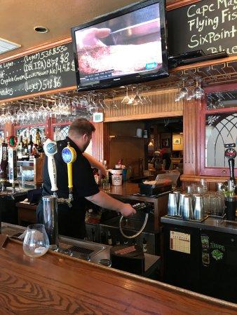 Rio Grande, NJ: Large Bar