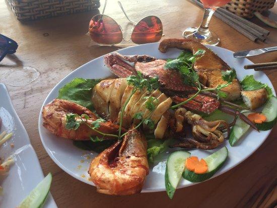 Phuong Binh House Restaurant: photo0.jpg