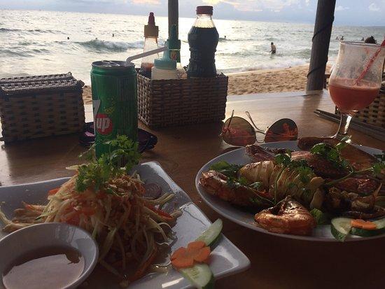 Phuong Binh House Restaurant: photo1.jpg