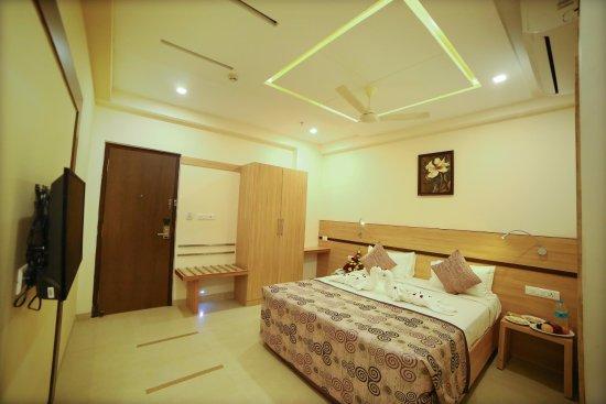 Hotel Vasanth Marg