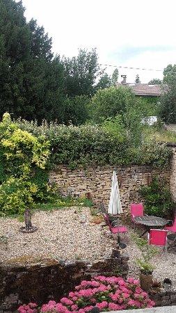 Chardonnay, Francia: vue de la chambre