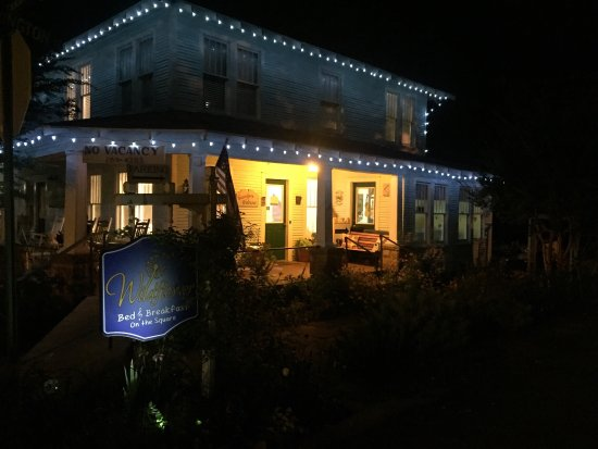 Wildflower Bed and Breakfast-On the Square: photo0.jpg