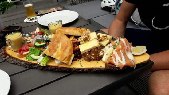 img-20170708-wa0002_large - photo de restaurant 't edelhert