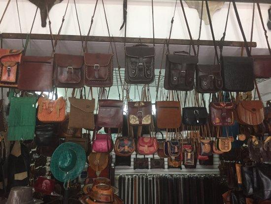 Valladolid, México: Huaraches y artículos de piel hechos a mano excelente calidad y mucha variedad