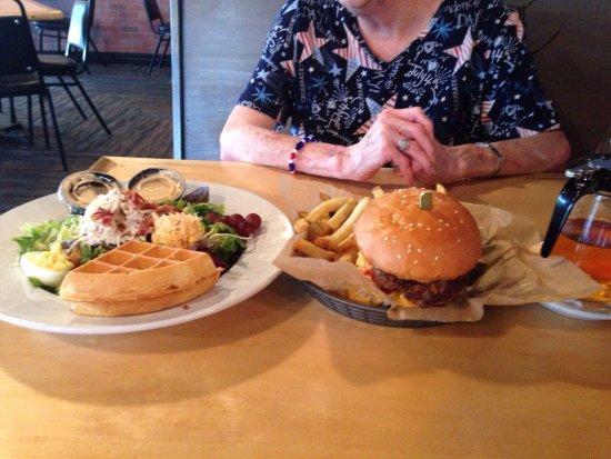 Brandon, MS: Burger Heaven