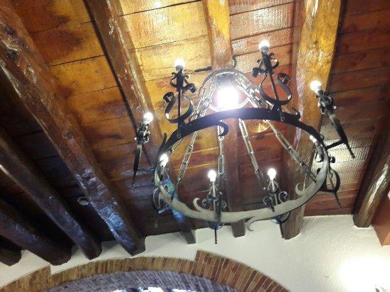 Riudarenes, Spain: Las lámparas del techo