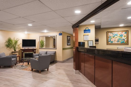 Days Inn Greenfield Image