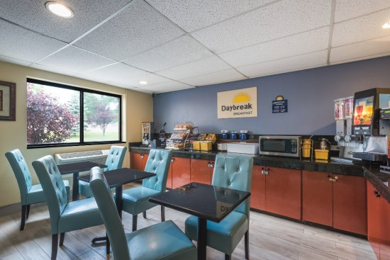Days Inn By Wyndham Greenfield 71 8 0 Updated 2018 Prices Motel Reviews Ma Tripadvisor