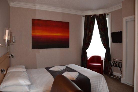 Sutherland Hotel Photo