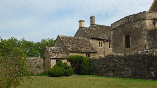 Farleigh Hungerford Castle: The priest's house