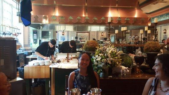 Washington, VA: The Kitchen Chefs Table View