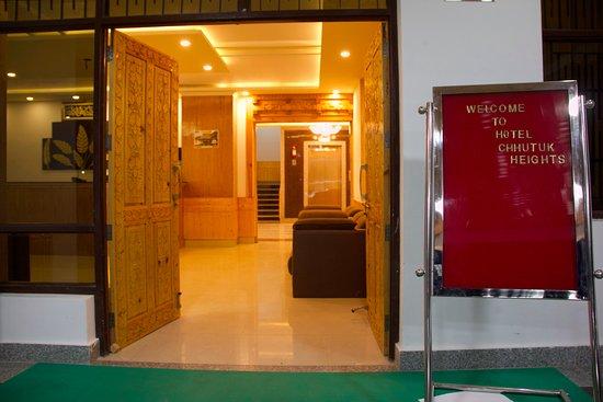 Hotel Chhutuk heights