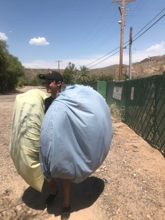 Saguaro Lake Guest Ranch: Our first Salt River tube experience