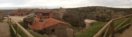 Calatanazor, Spanyolország: Castillo y Pueblo de calatañazor