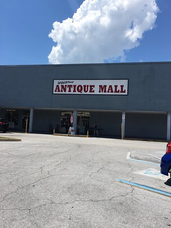 Wildwood Antique Mall of Titusville