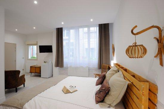 déco chambre Vintage - Bild von Maison d\'hotes Remoise, Reims ...