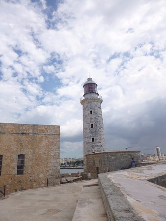 Castillo De Los Tres Reyes Del Morro : Faro