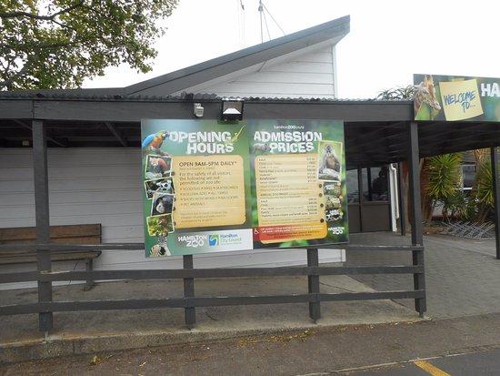 ArghyaKolkata Hamilton Zoo, Hamilton-1