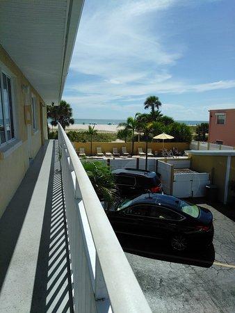 Suncoast Motel: IMG_20170707_160630_large.jpg