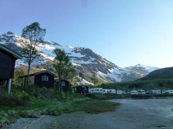 Troms, Noruega: Hütten und Stellplätze