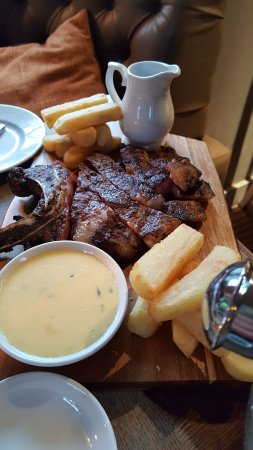 The Yew Tree: Beef to share