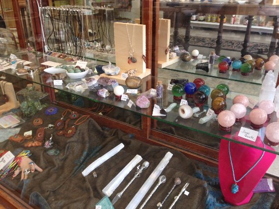 Stayner, Canadá: crystals, jewellery, incense