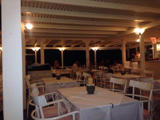 Ampelos Greek Restaurant & Wine Bar: photo3.jpg