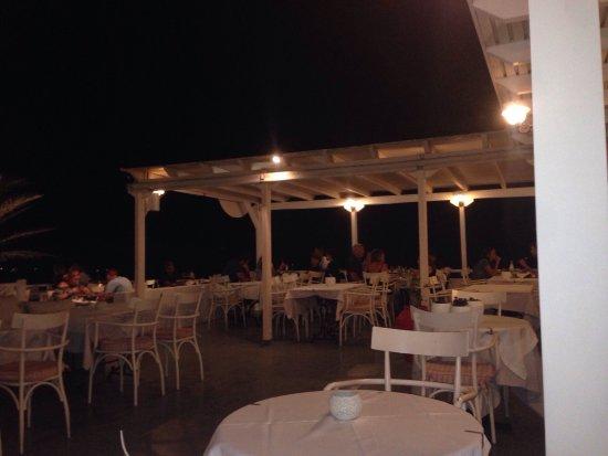 Ampelos Greek Restaurant & Wine Bar: photo4.jpg
