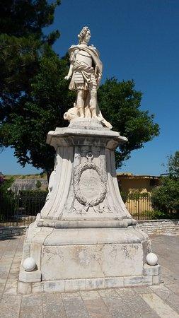 Schulenburg Statue