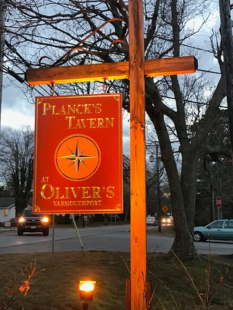 Oliver's Restaurant and Planck's Tavern