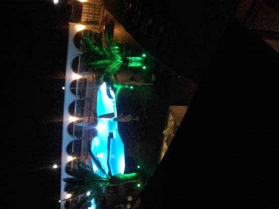 Cactus Hotel: 20170706_234304_large.jpg