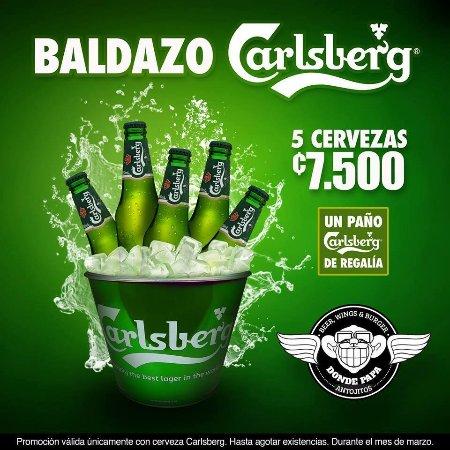 Grecia, Costa Rica: Cerveza Carlsberg