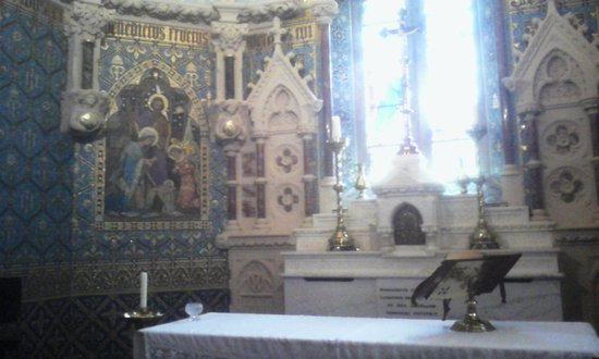 Maynooth Campus Conference & Accommodation: inside the College Chapel