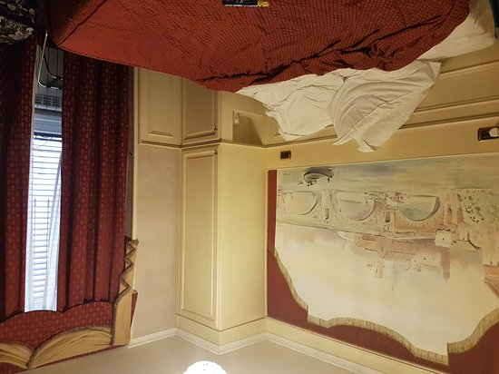Al Viminale Hill Inn & Hotel: 20170705_190436_large.jpg