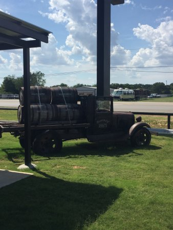 Mansfield, TX: Truck