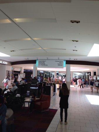 Dadeland Mall: photo0.jpg