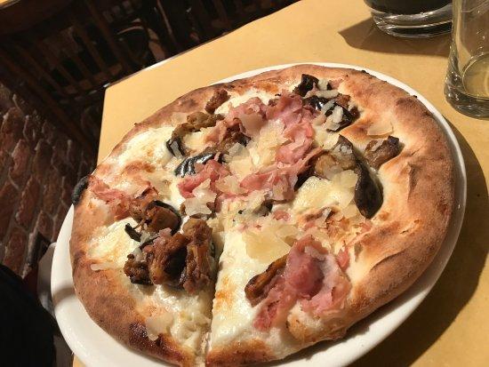 Photo4jpg Picture Of Ristorante Pizzeria La Bella Napoli