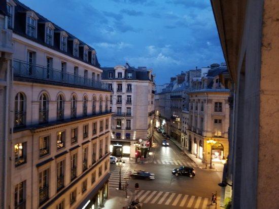 Hotel Mansart - Esprit de France: 20170706_222403_large.jpg