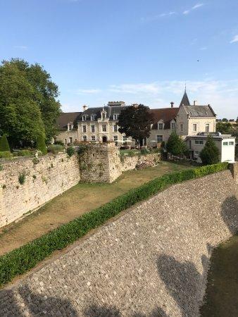 Fere-en-Tardenois, Fransa: photo0.jpg