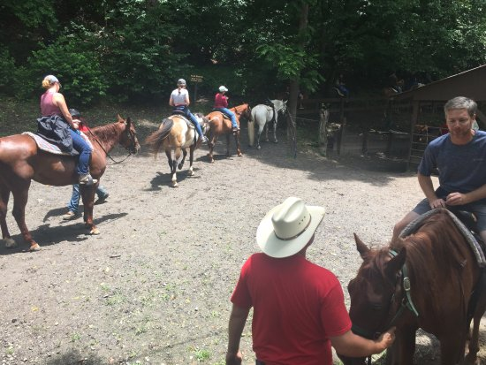 Smokemont Riding Stables: Saddle up