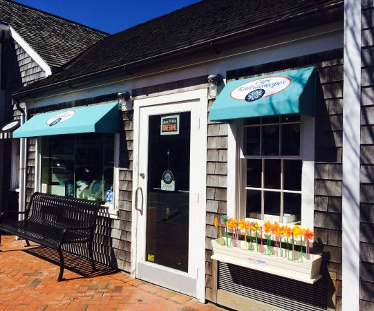 Mashpee, MA: Our front entrance