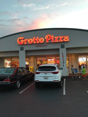 South Bethany, DE: Grotto Pizza
