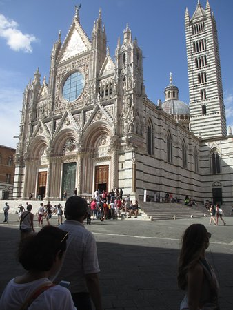 Culture Discovery Vacations - Day Tours : The Duomo in Siena