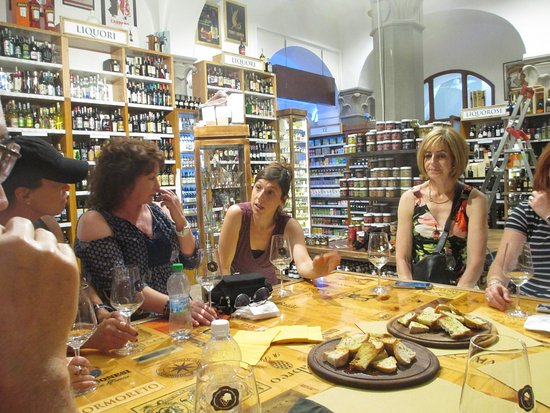 Culture Discovery Vacations - Day Tours : Visiting an Enoteca (wine shop) in Florence