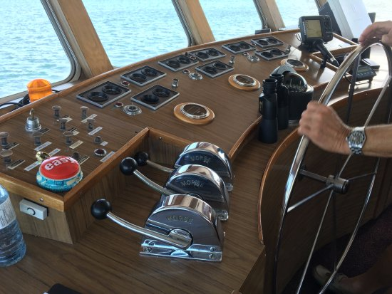 Gananoque, Kanada: At the helm