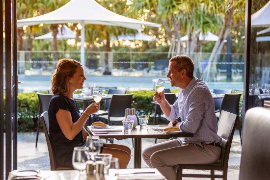 RACV Noosa Resort: 5 star Alfresco dining