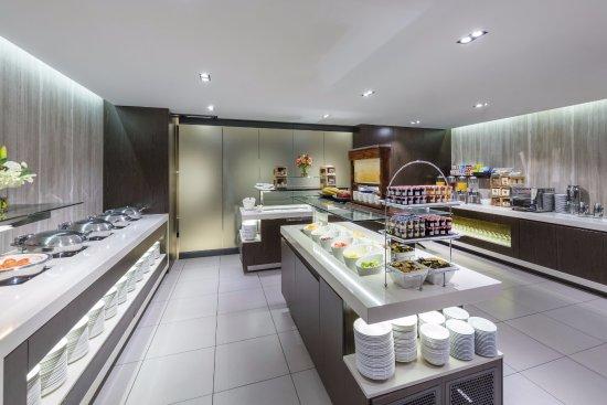 RACV Noosa Resort: Buffet Breakfast